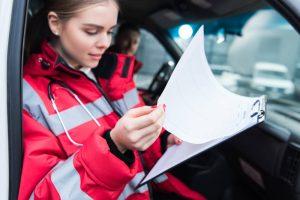 Praca dla ratownikow medycznych – czy tylko w karetce