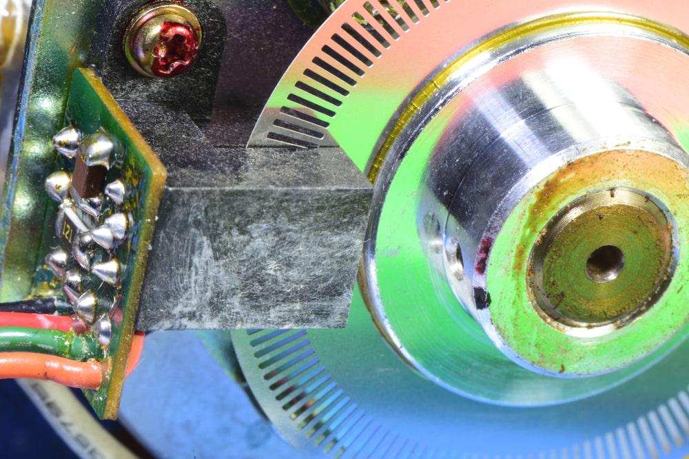 Podstawowe rodzaje enkoderow – przeglad rozwiazan dostepnych na rynku